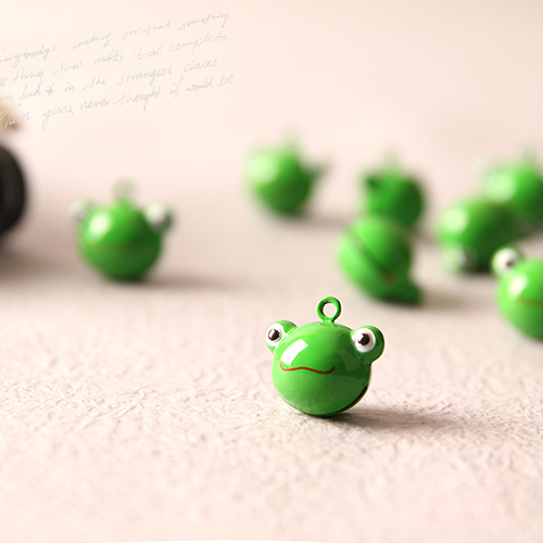 개구리 방울 펜던트 (2개 1세트)